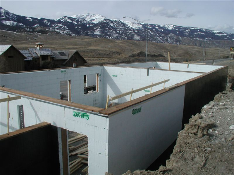 Photo gallery better basements with insulation for Insulated concrete forms basement